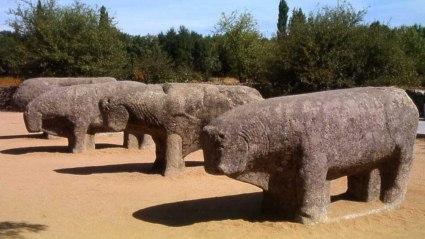 20101228112041-toros-de-guisando-800x600-.jpg